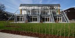 Das Soft House mit Photovoltaik-Zellen in der dynamischer Textilfassade, 2013 © Bernadette Grimmenstein / IBA Hamburg GmbH