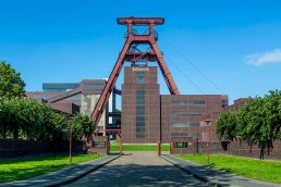 The Zollverein Mine gateway, 2013 © Jochen Tack / Stiftung Zollverein