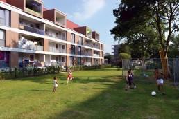 Die Bauten nach der Sanierung mit angebauten Loggien, 2012 © Martin Kunze / IBA Hamburg GmbH