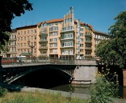 Eckhaus am Fraenkelufer / Admiralstraße von Hinrich und Inken Baller, 1989 © Landesarchiv Berlin, F Rep. 290 Nr.0016906 / Foto: Edmund Kasperski