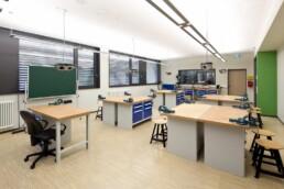 Der Campus Technicus mit Werkstatt im Souterrain des Schulneubaus, 2014. Foto: Thomas Weiß © Junk & Reich - Architekten