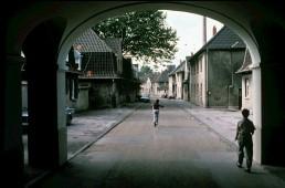 Die Siedlung Schüngelberg vor der Sanierung, um 1990. Foto: Georg Anschütz / Bestand IBA Emscher Park / Fotoarchiv Ruhr Museum