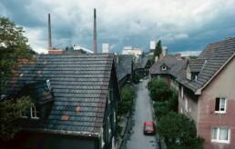 Siedlung Schüngelberg vor der denkmalgerechten Sanierung im Rahmen der IBA Emscher Park, um 1989. Foto: Georg Anschütz / Bestand IBA Emscher Park / Fotoarchiv Ruhr Museum