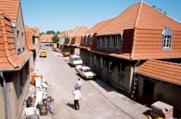 Sanierungsarbeiten in der Siedlung Schüngelberg im Rahmen der IBA Emscher Park, 1993. Foto: Thomas Brenner / Bestand IBA Emscher Park / Fotoarchiv Ruhr Museum